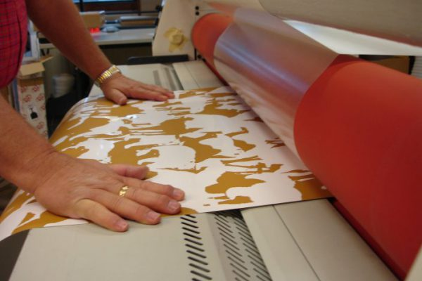 Screen efterbehandling laminering